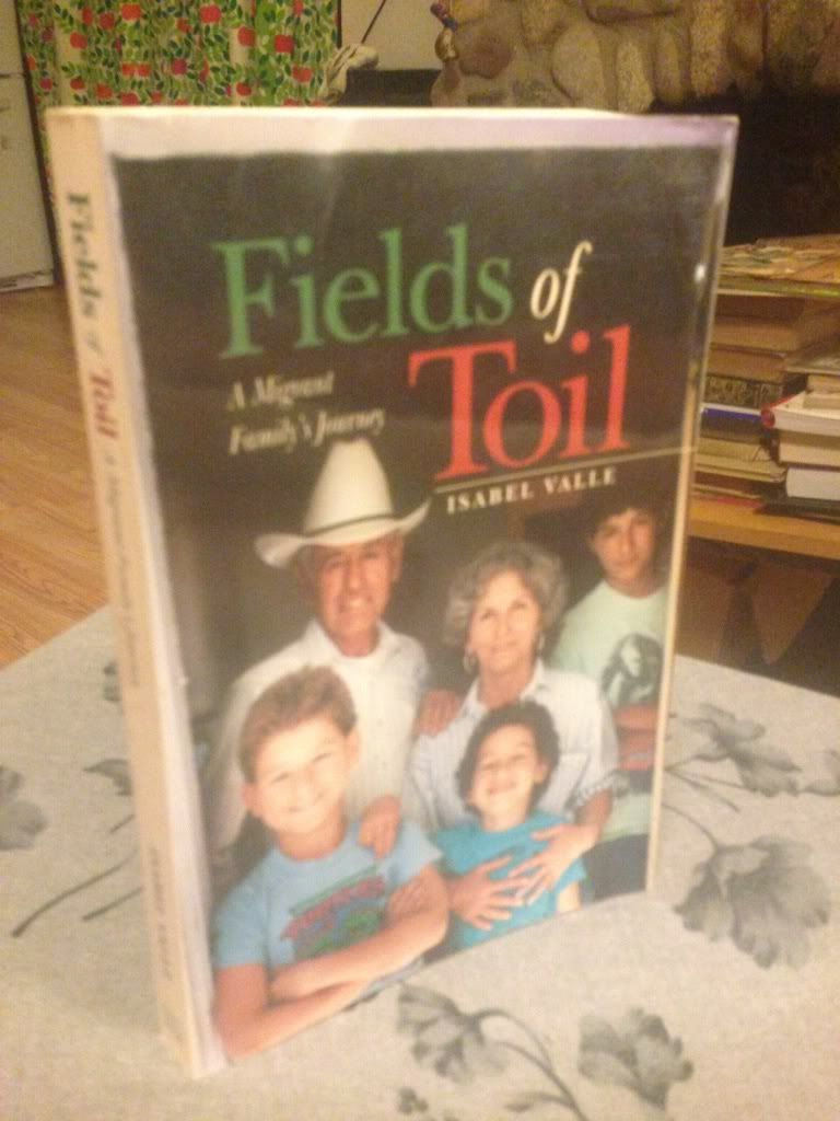 Image for Fields of Toil: A Migrant Family's Journey